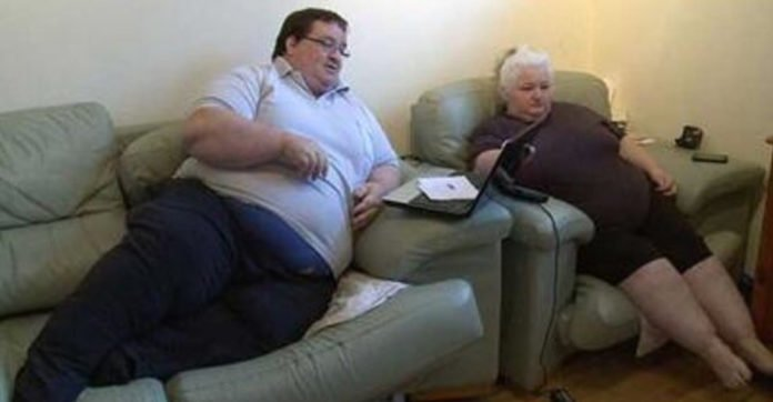 Here's How Much This Couple Gets In Benefits For Being Too Over Weight To Work