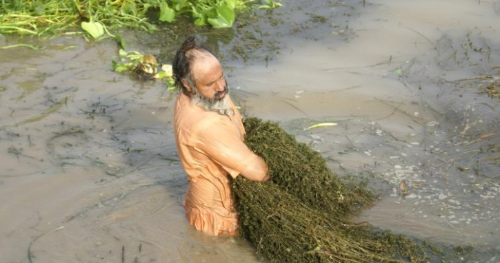 After Govt Ignored Him, This Man Turned a Dying River of Human Waste Into Paradise — by Himself