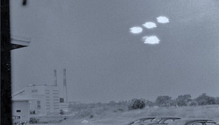 Strong Evidence Shows EXTRATERRESTRIALS Have Been Shutting Down Nuclear Missiles Worldwide For Decades, But Why?