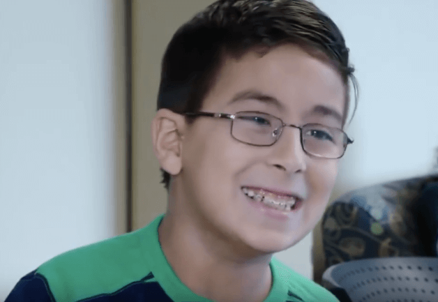 "10-Yr-Old Prodigy Is Out to Prove Atheist Stephen Hawking Wrong: ""God Does Exist"""