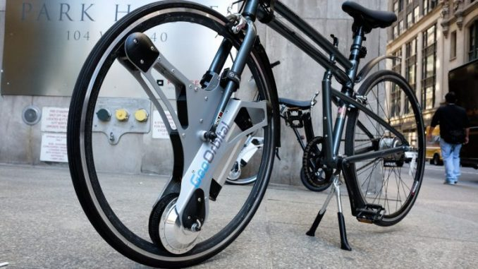 Electric Wheel Lets You Turn Any Bike Into an Electric Vehicle in Under 60 Seconds