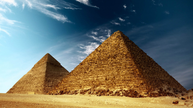The Great Pyramid of Egypt Exactly Marks The Center of Earth's Landings