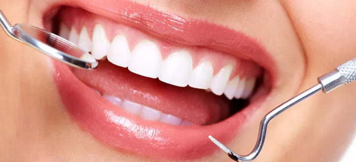 Stop Dangerous Periodontal Disease With Vitamin C and CoQ10 Supplements
