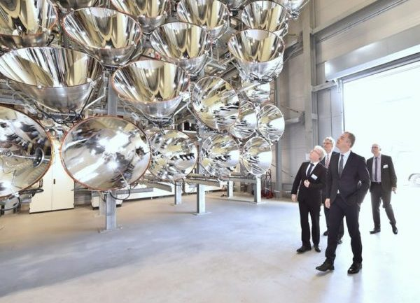 """World's Largest """"Artificial Sun"""" Could Fry Any Living Thing in an Instant"""
