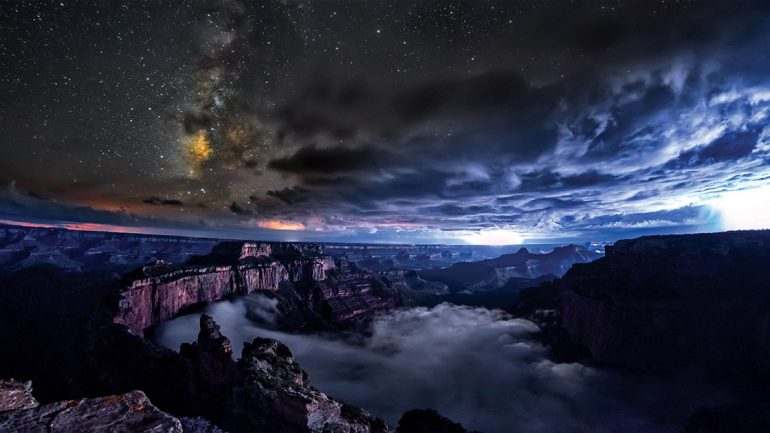 This Rare Phenomenon Captured By Photographers At The Grand Canyon Is A Must See