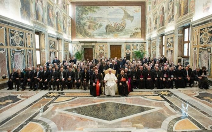 Vatican Finally Embraces Science, Gathers Eminent Scientists To Fight Mass Extinction Facing Humanity