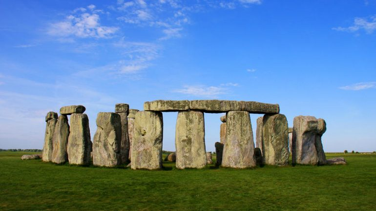 A Retired Construction Worker FINALLY Solved A 3000 Year Old Mystery of Stonehenge