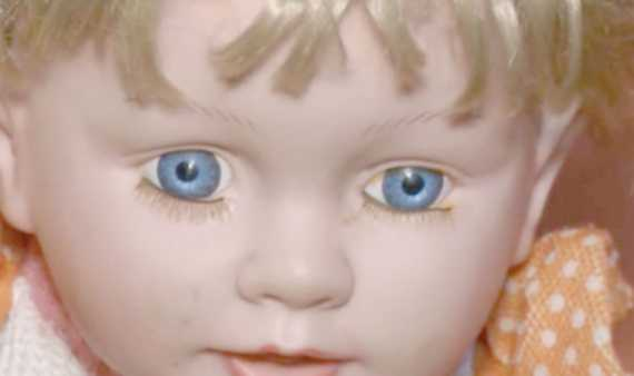 Peruvian Family Claims To Be Terrorized By Possessed Doll