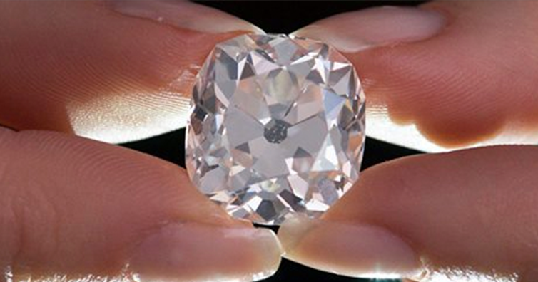 Woman Discovers Her $15 Fake Diamond Ring Is Actually 26-Carats And Worth $455K