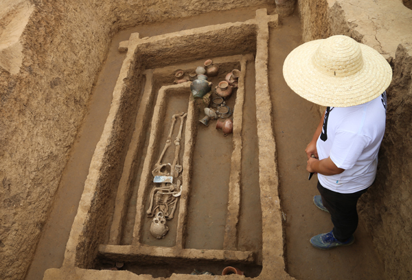 5,000 Year Old Chinese 'Giants' Discovered By Archeologists