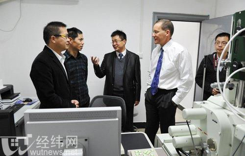 Dr.-Charles-Lieber-in-Wuhan-in-2011